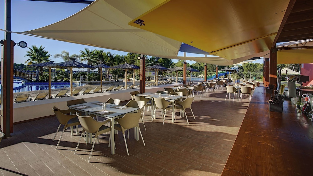 Outdoor Dining, TUI MAGIC LIFE Cala Pada - All-Inclusive