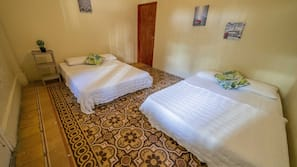 In-room safe, linens, wheelchair access