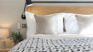 Pillow-top beds, minibar, individually decorated, individually furnished