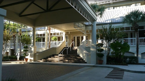 July 4th Week Marriott's Harbour Club AT Harbour Town Excellent Location in Town