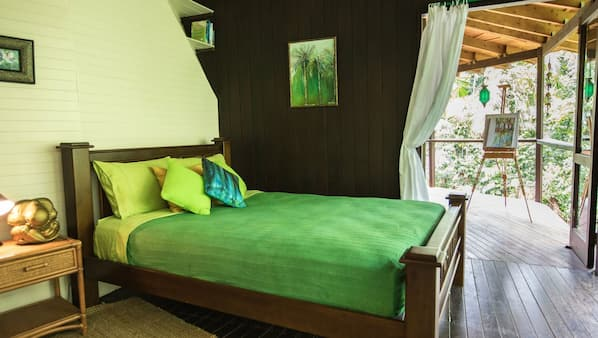 2 bedrooms, WiFi, bed sheets