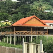 Detached Beautiful Wooden Barn House, 8 Minutes From Grand Anse Beach, 1 min