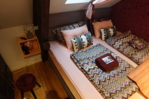 Stylish Bedroom in Downtown Ålesund Near bus Station
