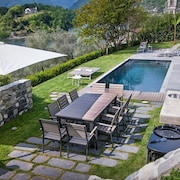 Villa Leon is a Luxury Property in Lake Como With a Private Pool SPA and Fitness Center, 6 Bedrooms