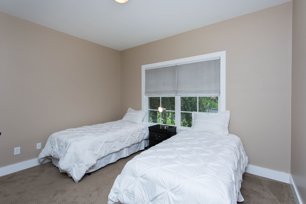 Room, Saratoga gem.  Walk to everything from your beautiful new single level condo