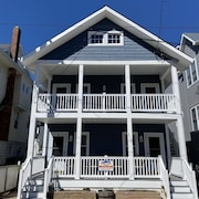 Newly Renovated & Super Clean!next To The Beach In Ocean City!! Great Location