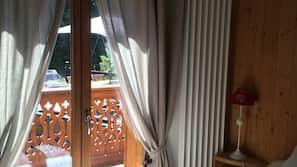2 chambres, fer et planche à repasser, accès Internet