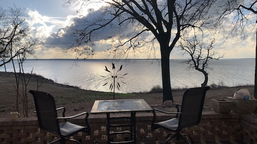 Lakefront Retreat With Full Lake View and Access