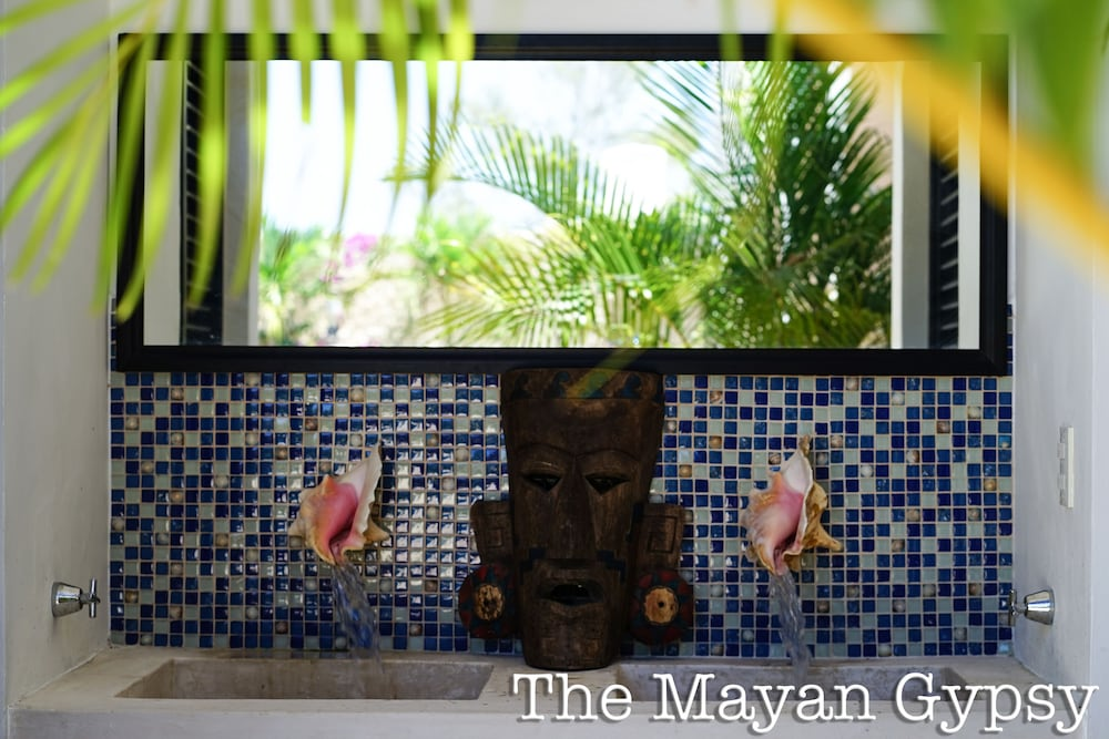 , Gorgeous art Retreat! Just Steps 2 Progreso Beach & Malecon Restaurants