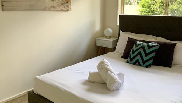 3 chambres, fer et planche à repasser, lits bébé, Wi-Fi gratuit