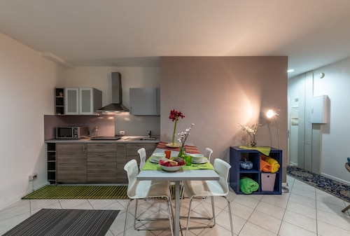 Modernly Equipped Holiday Apartment - Enjoy Lifestyle