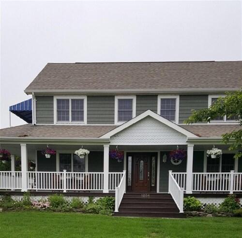 Hotels near Jamesport Vineyards, Riverhead: Find Cheap $139