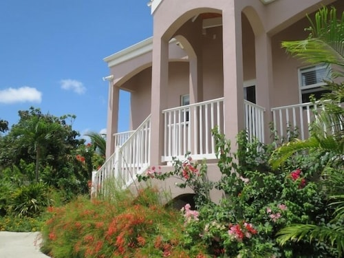 Exterior, Cruzan Sands Villa! Beachfront! Great for Couples! Fabulous Awesome Views!