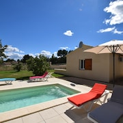 Charming Provencal Villa, Contemporary, New, Between South Luberon and Durance