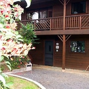 Wailua Hideaway - One Bedroom Stream-side Apartment