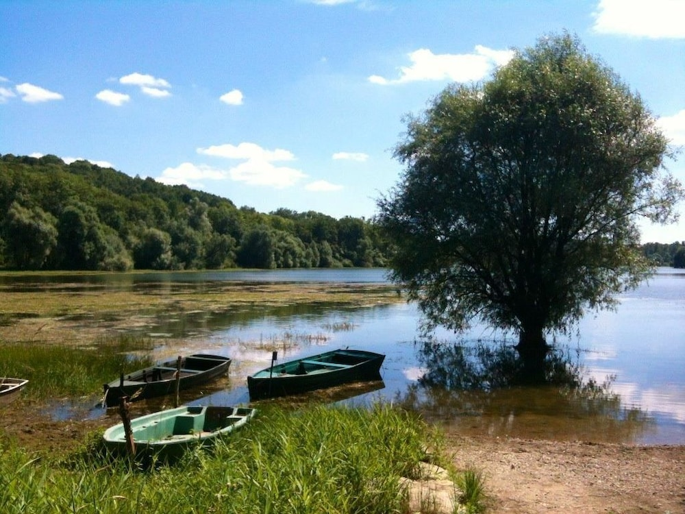 Hiking, Camping Lac de Liez