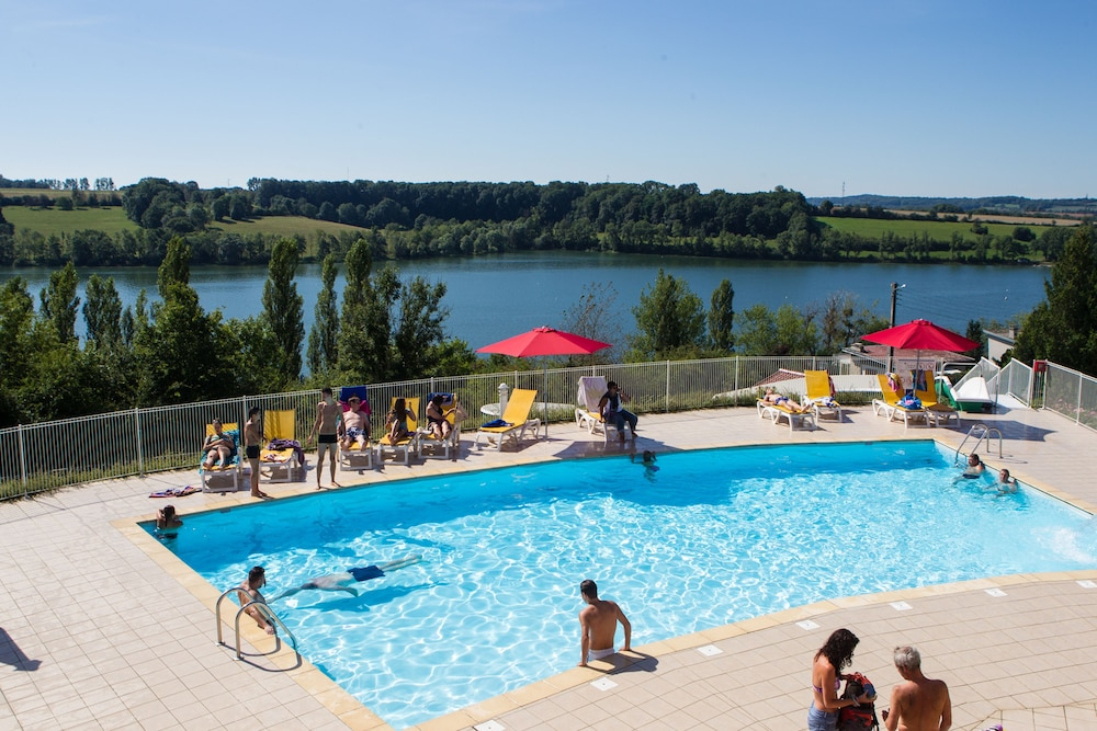 Outdoor Pool, Camping Lac de Liez