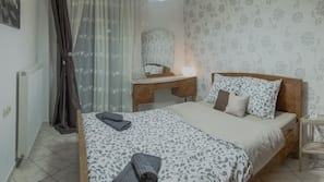 3 bedrooms, soundproofing, iron/ironing board, free WiFi