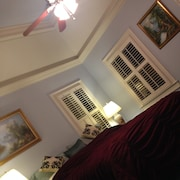 Bed & Breakfast in Located in the Beautiful Suburb of Charleston