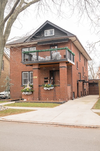 Beautifully Renovated Home in Historic Walkerville