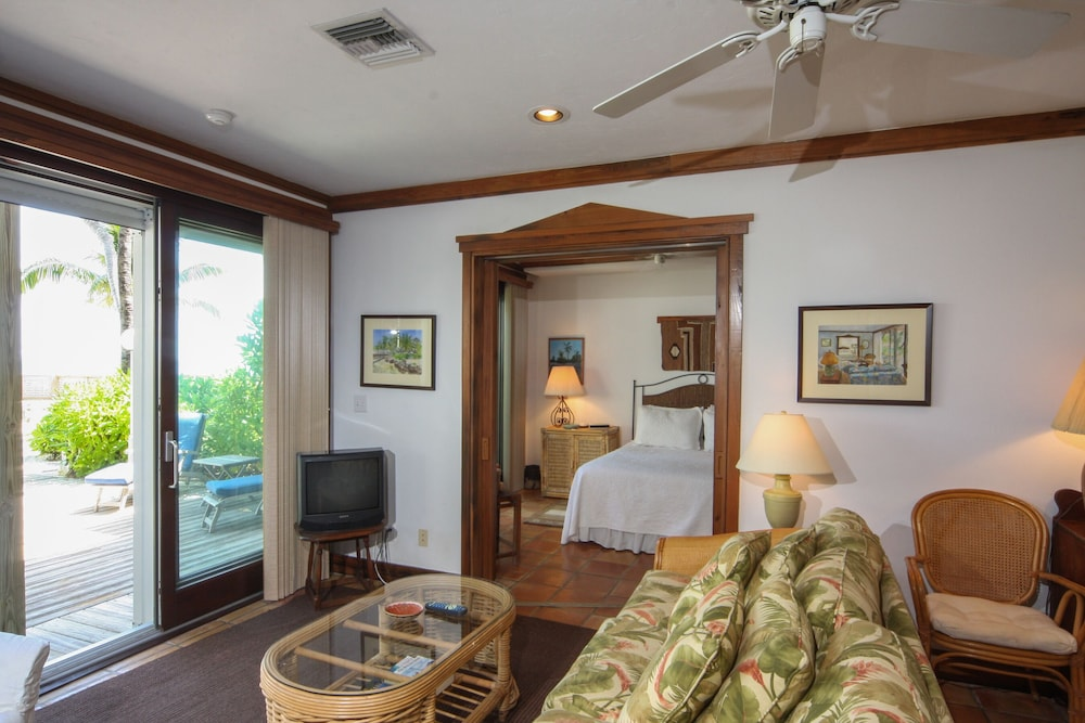 Room, Hidden Beach Unit 1. The Perfect Place to Stay in Key West for Less