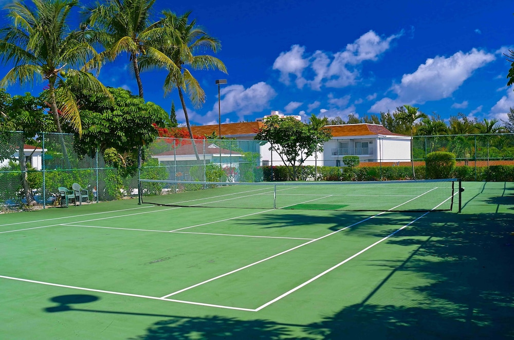 Sport Court, 3 Paradise Estates, PI