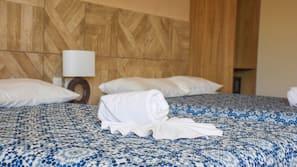 Minibar, caja fuerte, wifi gratis y ropa de cama