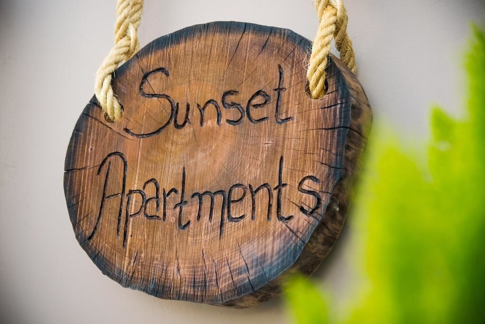 Featured Image, Sunset Apartments