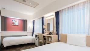 In-room safe, desk, free wired internet, bed sheets