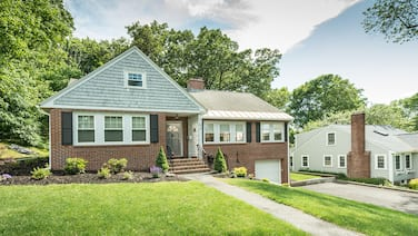 Stunning 4 Bedroom,2.5 Baths abuts Phillips Academy, walk to Town and Train