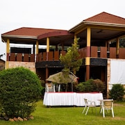 Glory Summit Hotel