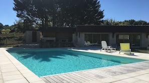 Seasonal outdoor pool, open 10:00 AM to 8:00 PM, sun loungers