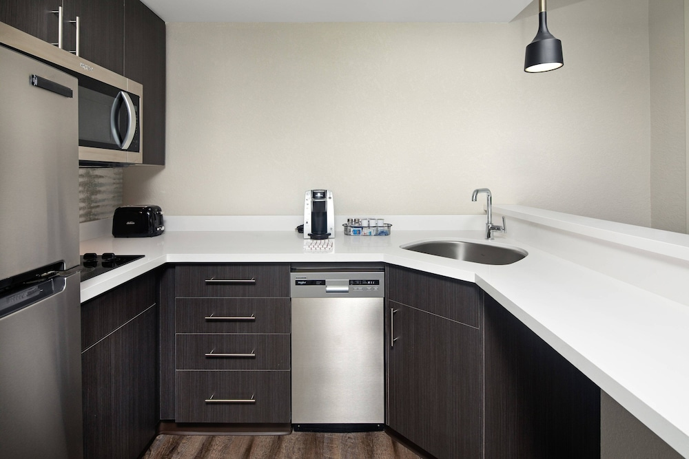 Private Kitchen, Residence Inn by Marriott Toronto Mississauga West