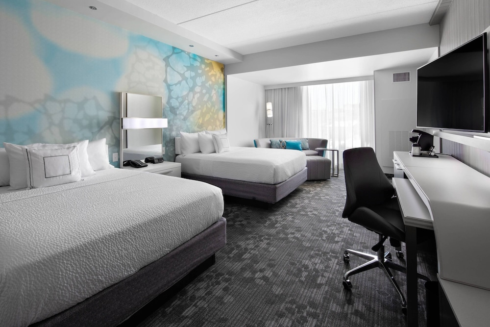 Room, Courtyard by Marriott Knoxville Downtown