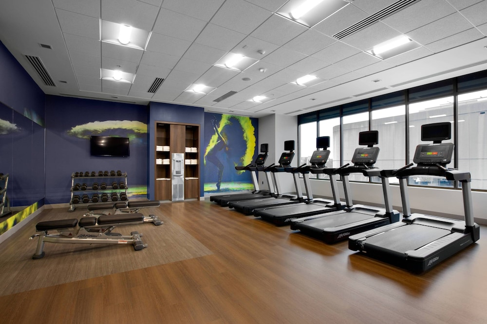 Fitness Facility, Courtyard by Marriott Knoxville Downtown
