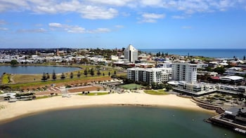 Bunbury Hotel Koombana Bay Deals & Reviews (Bunbury, AUS