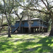 Secluded Riverhouse for Adventures & Relaxation in Nature Between Tampa/orlando