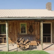 Located Next to Custer State Park 2b2bth