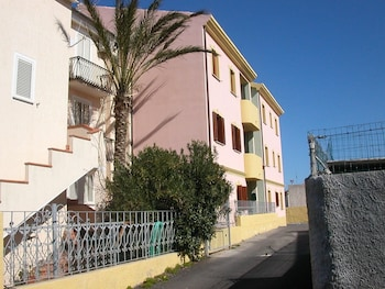 Apartment With one Bedroom in Moneta, With Furnished Balcony - 600 m From the Beach