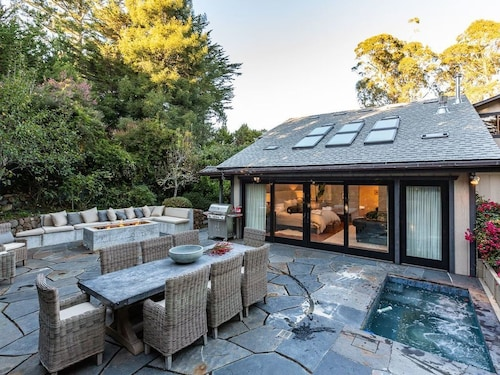 Stunning, Luxury Retreat in Mill Valley