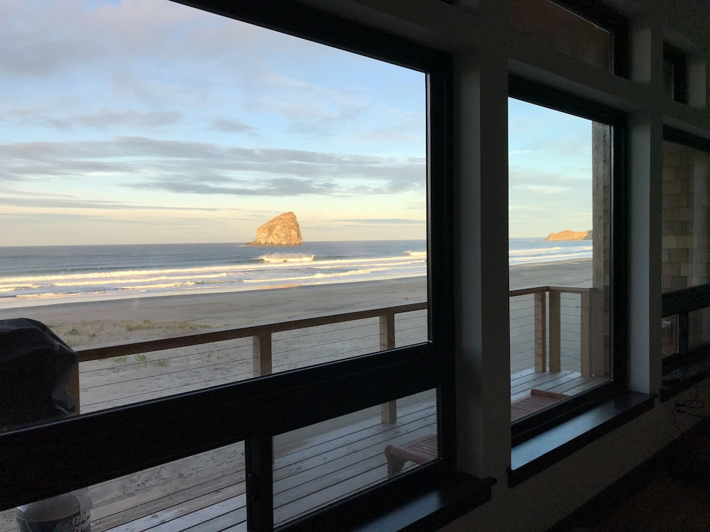 Balcony, Contemporary Ocean Front Home in Pacific City