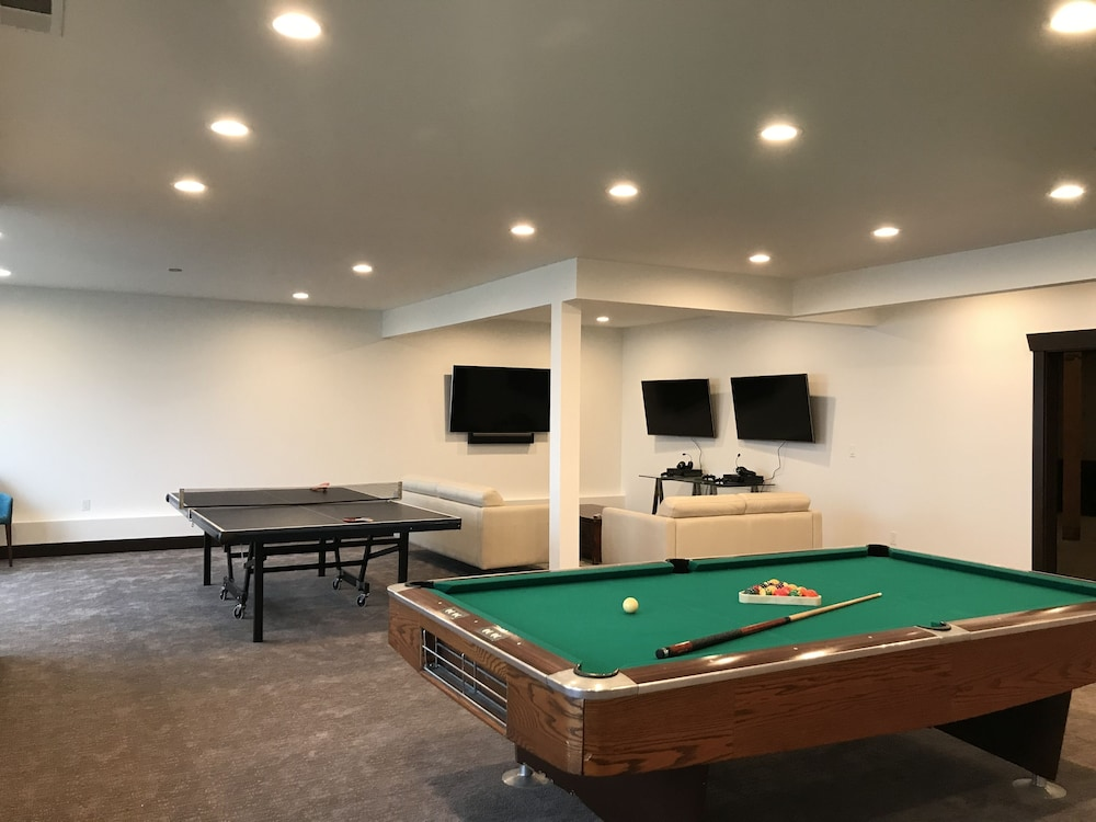 Game Room, Contemporary Ocean Front Home in Pacific City