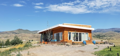 Full Size 2bd 2 Bath 1320sf Home in the Gorgeous Paradise Valley In Emigrant, MT
