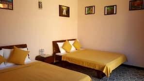 Premium bedding, pillowtop beds, minibar, free WiFi