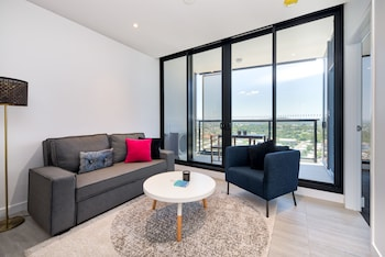 Conveniently Located Designer Brisbane Apartment
