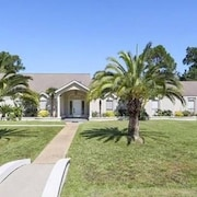 Beautiful Executive Estate Only 20 Minutes From New Orleans