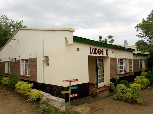 Lodge B Mawira