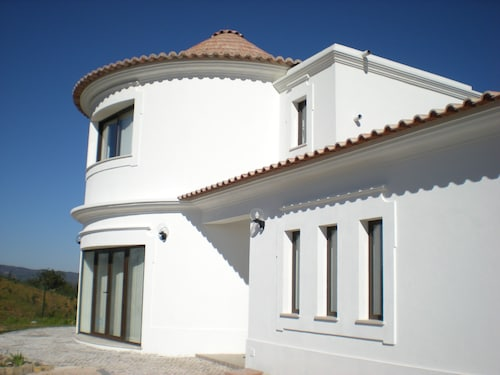Villa of 5 En-suite Bedrooms With Swimming Pool in Nature Reserve Near Tavira