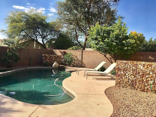 NEW Listng-3 Bedroom Home, W/private Pool-walk to Desert Ridge, Newly Remodelled