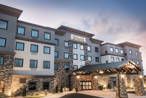 Staybridge Suites Wisconsin Dells - Lake Delton, an IHG Hotel